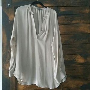 Silk Vince shirt. Fabulous condition. Sz L